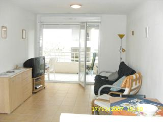 Heart of Antibes, close to beach and centre