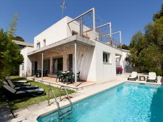 Summer offer! Villa in Cala Sant Vicenç