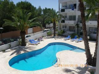 Hermoso apartamento con piscina, Es Pujols