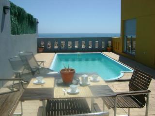 VILLA IRENE: piscina y jardín privados con las mejores vistas