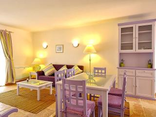 Giddah Violet Apartment, Albufeira, Algarve, Olhos de Água