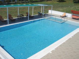 Skiathos Parisis Villas pool, Troulos