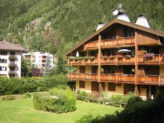 Mont Block balcony apartment, Chamonix