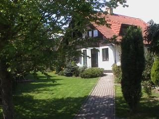 Prague Conifer Cottage for 2-40 Guest, Praga