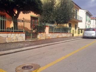 Quiet, lovely apartment in a Tuscan city centre, Montecatini Terme