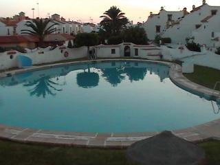 Precioso apartamento con piscina, Roquetas de Mar