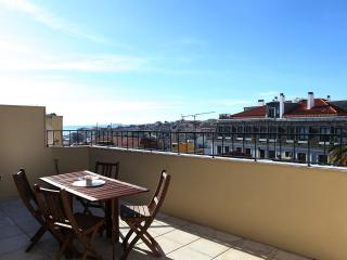 New duplex with fantastic view, Lissabon