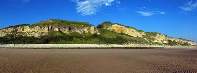 Omaha Beach, 89 minutes drive (114 km)...