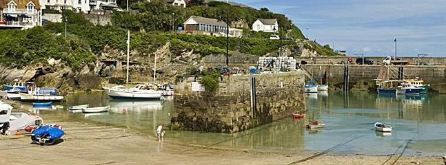 Less than 5 minutes walk to Newquay Harbour