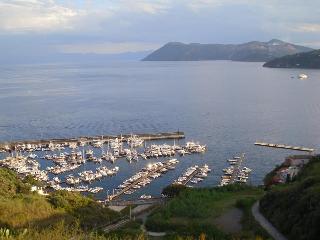 Lipari porto Pignataro