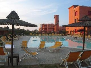 Terrace on the beach-apt for 7 persons, Tirrenia