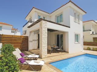 PEORA30 2 Bedroom Villa, Protaras