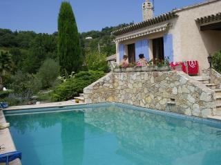 3 Bedroom Villa Private POOL Landscaped Gardens, Montauroux