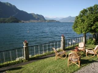 Bellagio Villas - La Boheme with garden directly on the Lake