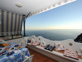 Positano rental CASA MARA with sea view, private terrace, wifi