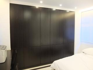 Newly Renovated Studio Near MTR in Hong Kong, Hongkong