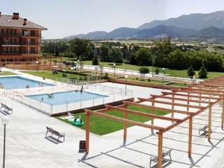 Nuevo: Piscina y parking GRATIS, Jaca