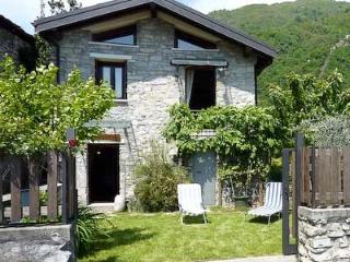 Argegno cottage Castello