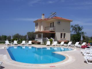 Villa Fleurie, Ovacik