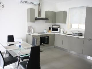 Sliema highly modern APARTMENT