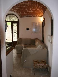Archway to Kitchen/ Livingroom