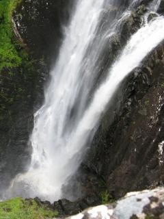 Nearby Falls of Glomach
