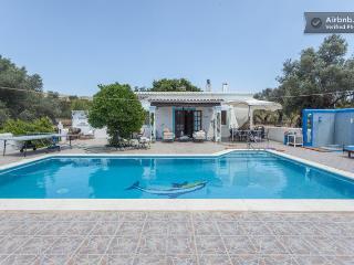 Casita sencilla  con piscina de 10X5.in ibiza, Santa Eulalia del Río