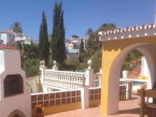 Special Holiday Apartment with Private Pool in El Faro near to the Beach, Marbella