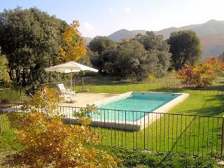 JDV Holidays - Mas St Charles, Buoux, Luberon, Provence