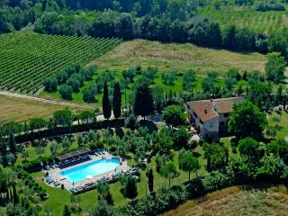Apartment in Farmhouse (8 apartments) province of Pisa, Volterra, San Gimignano