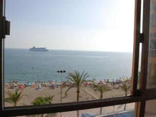 Piso en Almería 1ªLínea de playa.Curso escolar.