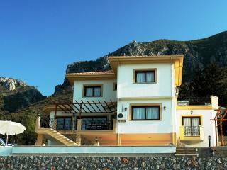 Villa Jacaranda, Kyrenia