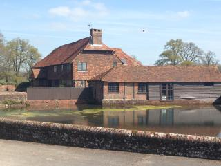 Burningfold Barn, Godalming