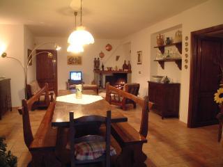La Taverna - livingroom