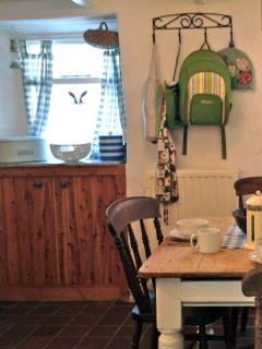 Edwardian scrub top kitchen table