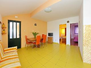 Last minute Apartment Daniela for 4 people, Jezera
