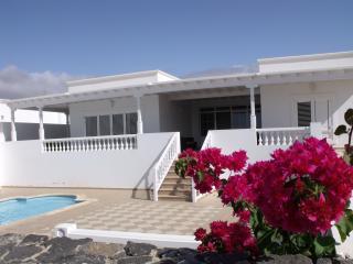 Villa Lara, Puerto Calero
