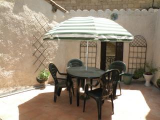 St Genies de Fontedit house, Béziers