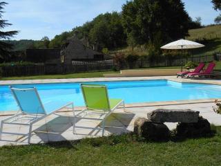 la piscine !!! rien que pour vous ....