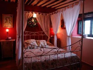Suite con desayuno en casa rural de Cuenca 'La Quinta de Malu'.