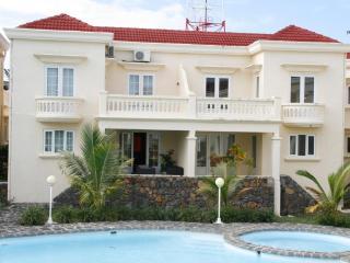 Lotus Villa, Palmar