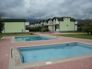 Isca Dreams, by Beach, 2 bedrooms, Private Parking, Family friendly with Pools