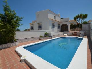 Luxury Villa with ample living space, Villamartín