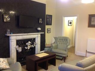 Scorsby's Nest - Prospect Villa Holiday Apartments, Whitby