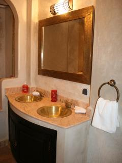 Bathroom of the Imperial suite