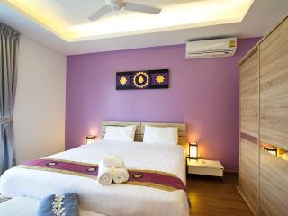 Amazing Feng Shui luxury 1-BR Apartment 51m2 Happy, Rawai