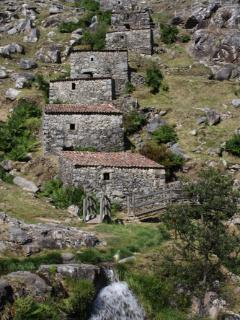 Ruta de los Molinos de Folon y Picon,reconocida de interes regional