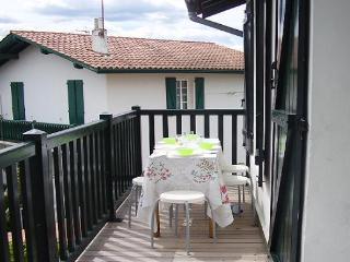 Beautiful apartment 150m from the beach, Hendaya
