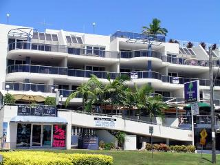 Nelson Towers, Unit 6/71 Victoria Parade, Nelson Bay