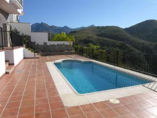 5 Bed Frigiliana Villa with wonderful views, Nerja